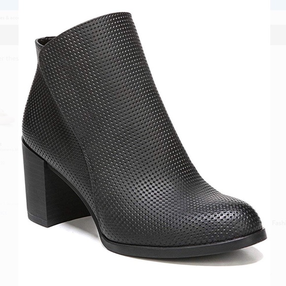 NATURALIZER Holt Ankle Bootie, 7.5